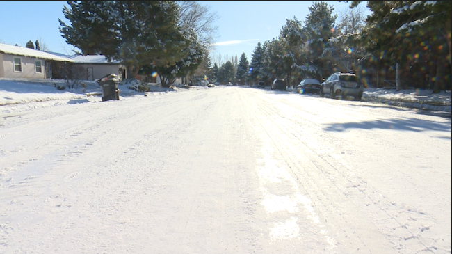 City-still-working-on-plowing-residential-streets