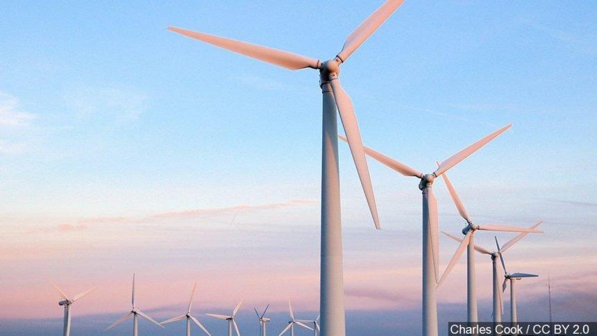 Wind farm logo_Charles Cook : CC BY 2.0