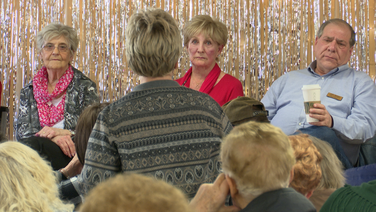 Seniors address board