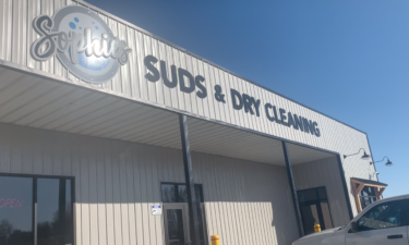 sophie's suds and dry cleaning