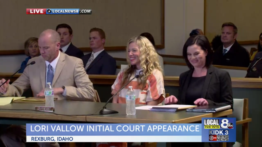 Lori Vallow smiling after she entered the courtroom Friday.
