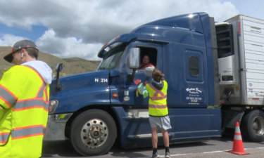 Local businesses provide free lunch to truckers