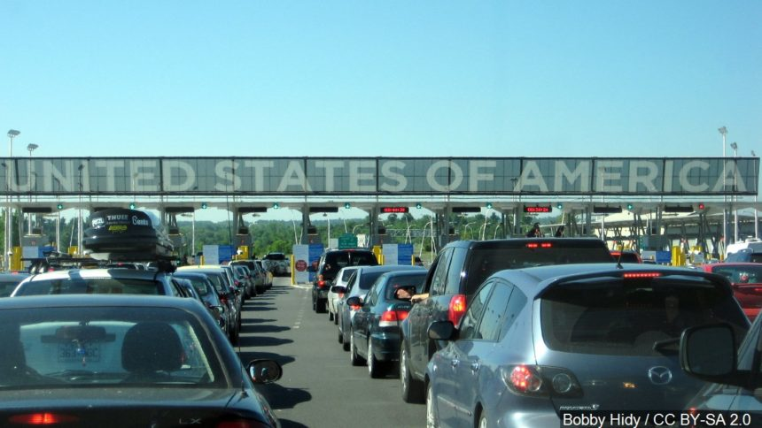 Canada US border logo_Bobby Hidy : CC BY-SA 2.0