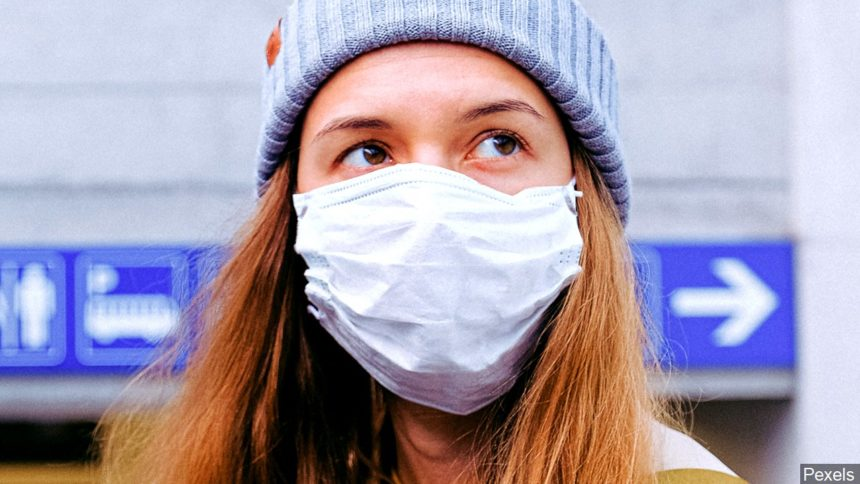 Woman wearing mask logo_ Pexels