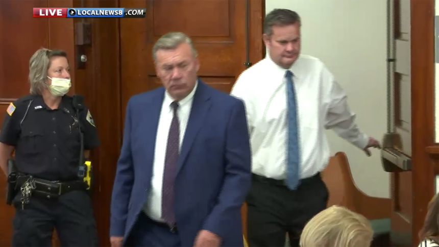 Chad Daybell and attorney entering courtroom Monday August 3