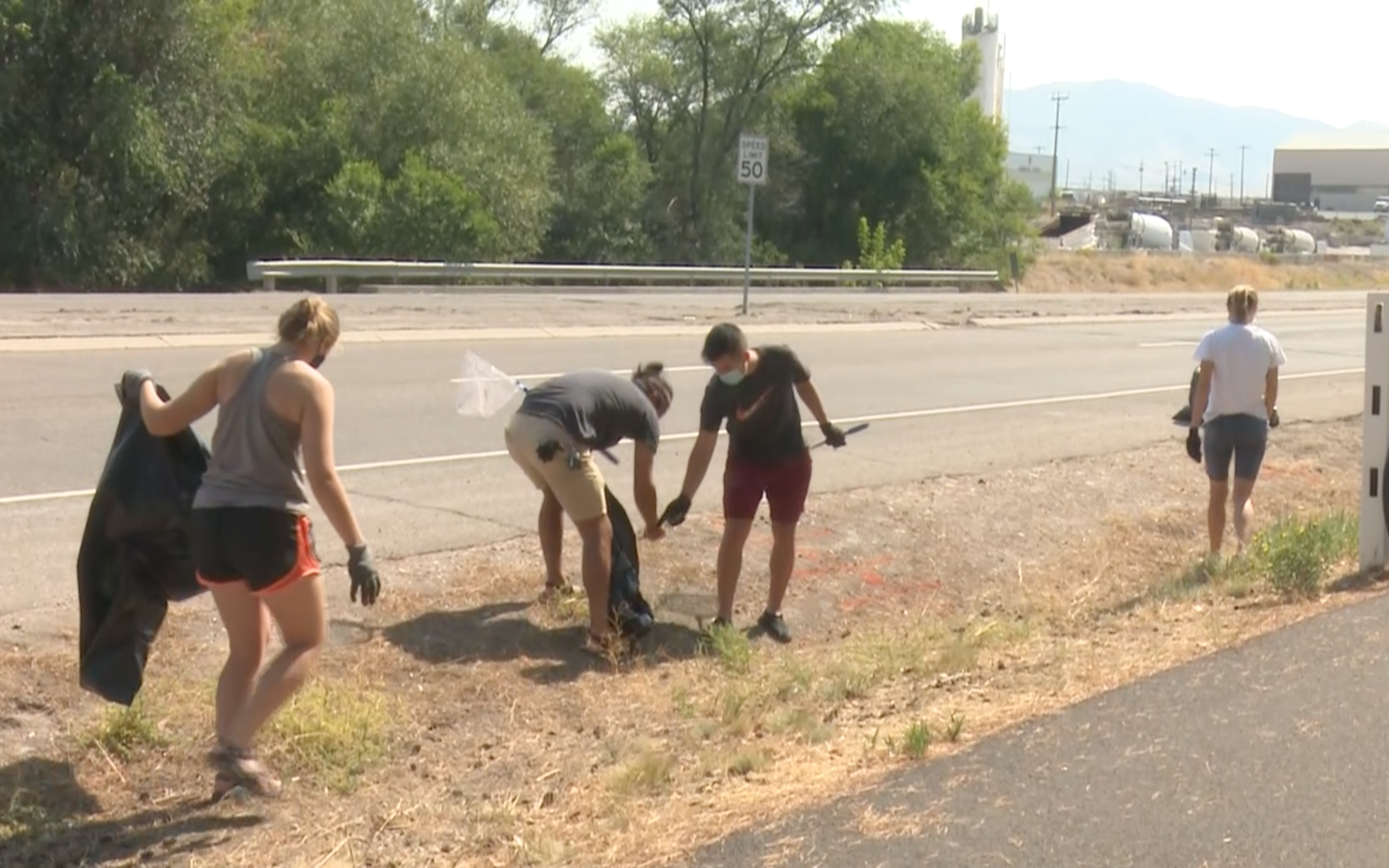 ISU students help in Portneuf River cleanup