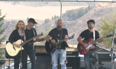 Hearts of Steele perform at MountainFest on Saturday