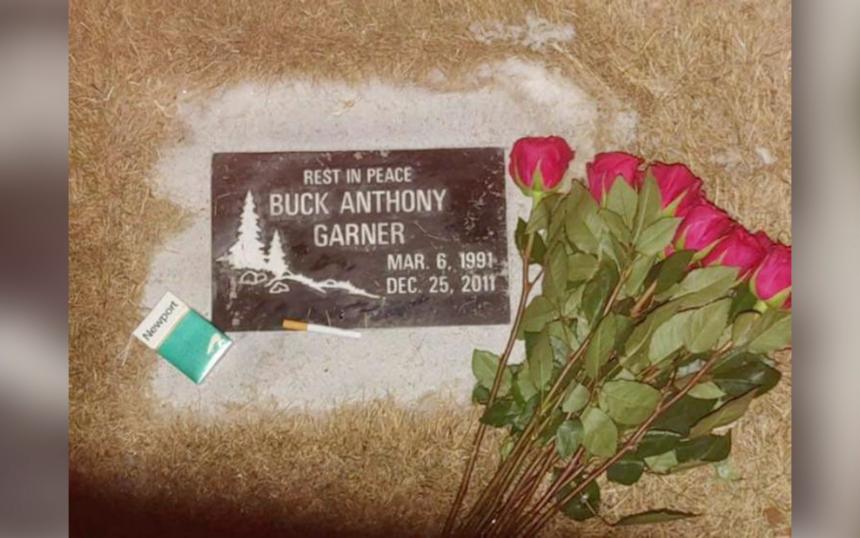 Gravestone of Buck Anthony Garner (1991-2011)