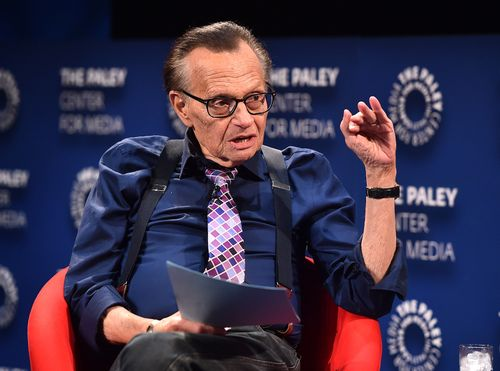 Celebrities And Newsmakers Are Paying Tribute To Broadcasting Legend Larry King Local News 8