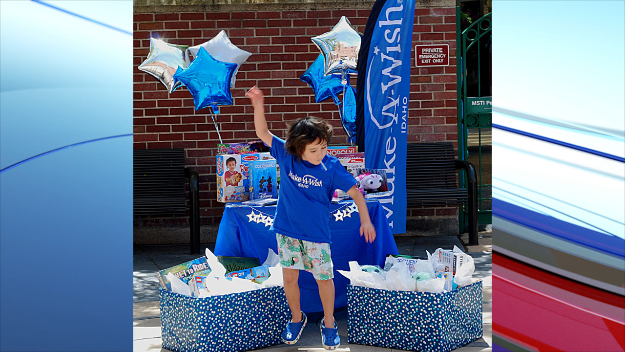 """7-year-old Monroe aka """"Rosie"""" used her wish to give back to the St. Luke's Children's Cancer Center Thursday."""