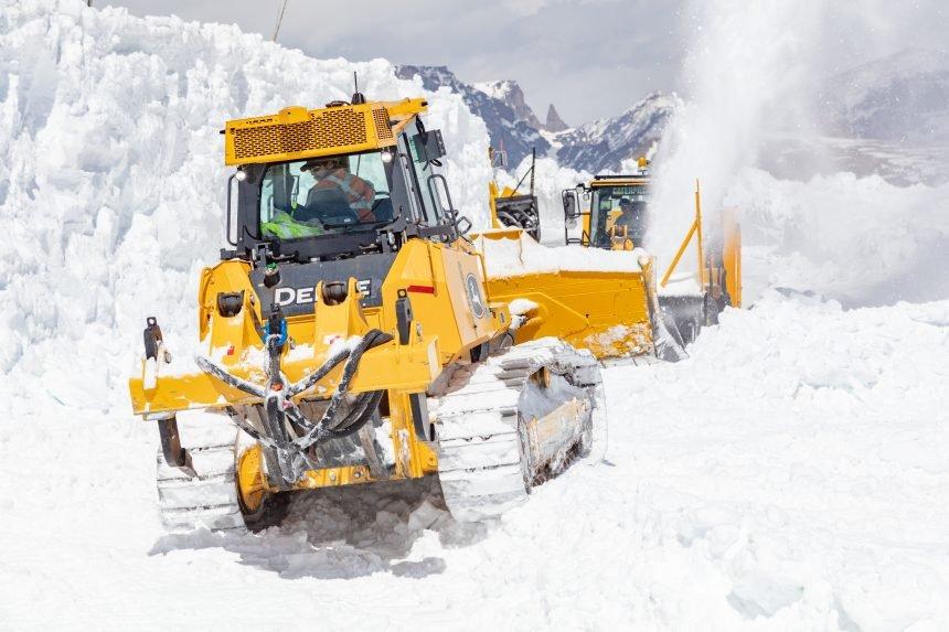 Plowing Beartooth Highway 2021 (14)
