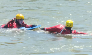 IFFD recruits in Snake River for water rescue training