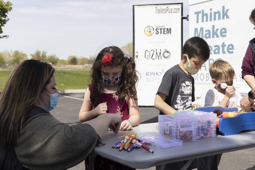 MOBILE MAKERSPACES9