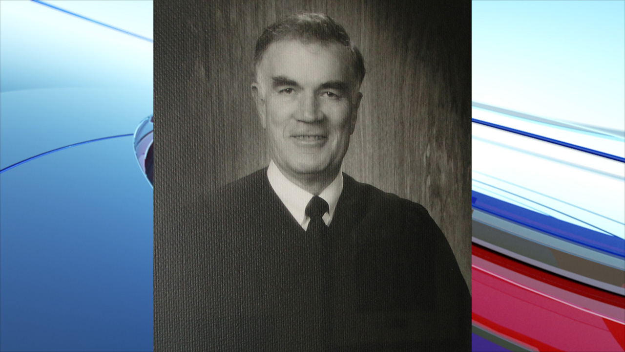Former Idaho Supreme Court Chief Justice Charles F. McDevitt has died. He was 89.