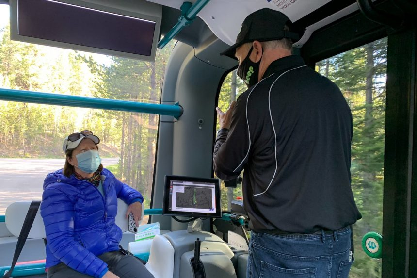 Yellowstone National Park unveils automated electric cars3