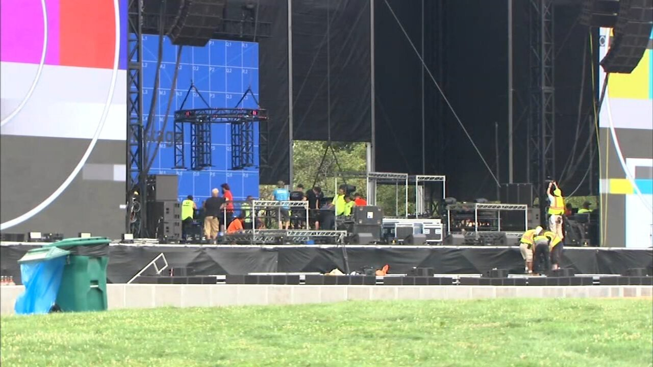 <i>WLS</i><br/>Lollapalooza kicks off today in Chicago's Grant Park.