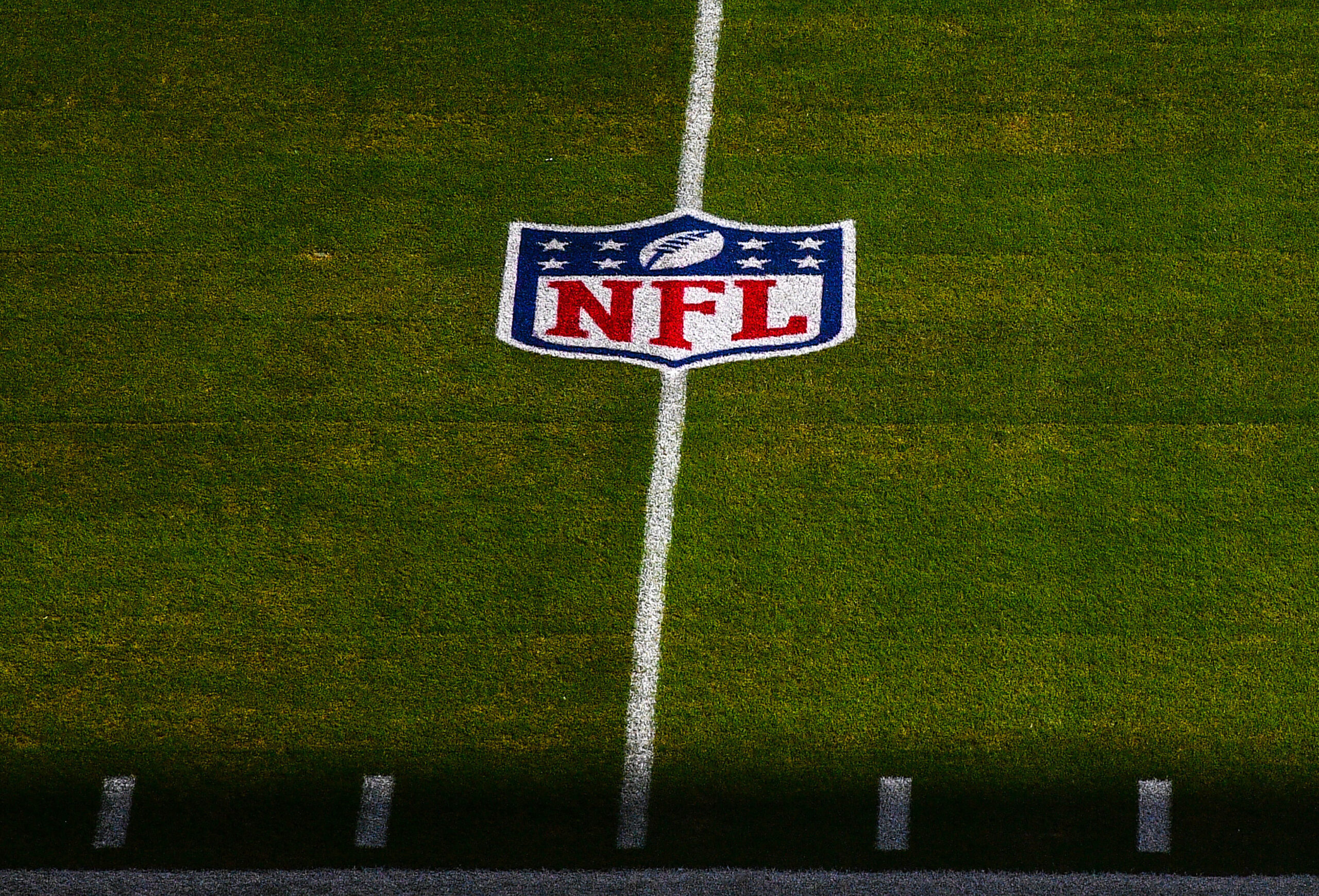 <i>Mark Brown/Getty Images</i><br/>If a National Football League game cannot be rescheduled and is canceled due to a Covid-19 outbreak among unvaccinated players