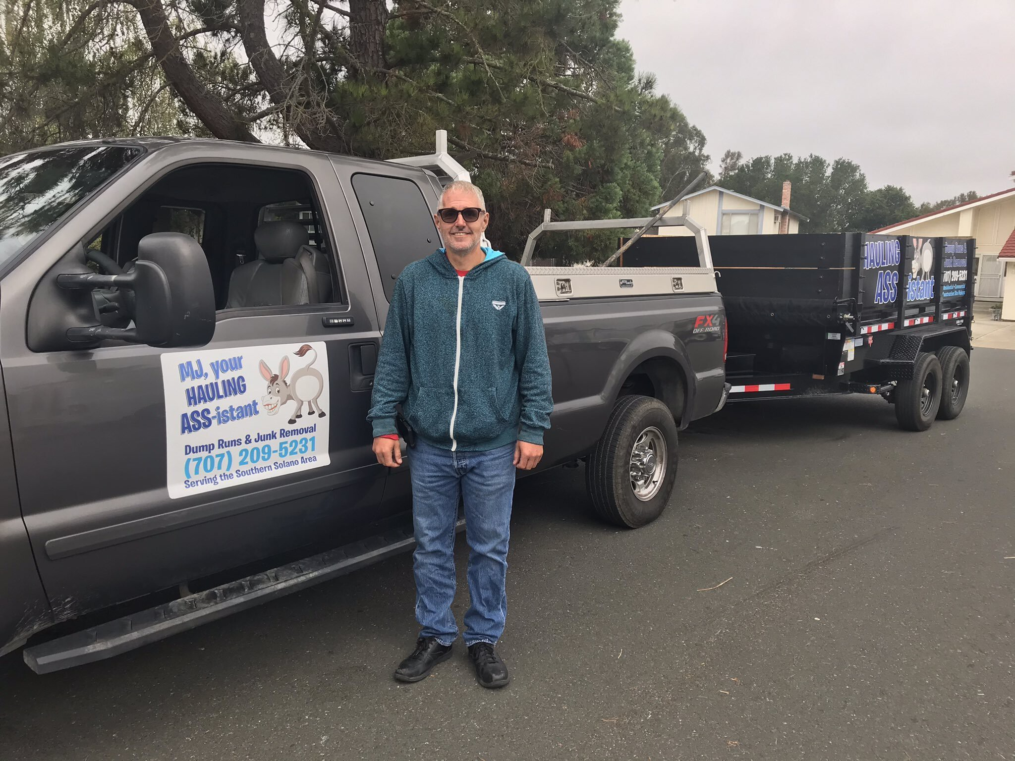 <i>KGO</i><br/>Mark Cutlip says his truck and trailer were stolen. He uses them for his new junk hauling business