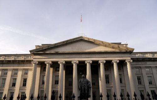 A US government default on its debt would deal a body blow to the economy