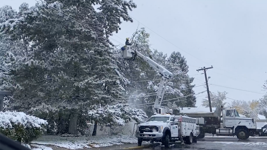 Snow causes damage across eastern Idaho Oct 12_1