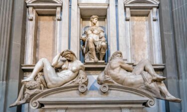 Michelangelo's 16th-century tombs for the Medici family have recently been cleaned with bacteria.