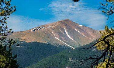 A missing hiker on Mount Elbert in Colorado ignored calls from rescuers because it was from an unknown number.